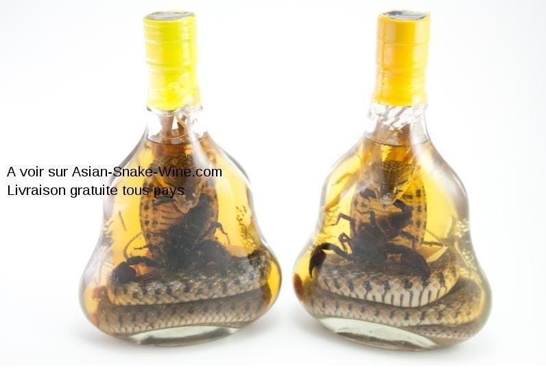 id e cadeau de no l pour homme bouteille alcool serpent. Black Bedroom Furniture Sets. Home Design Ideas